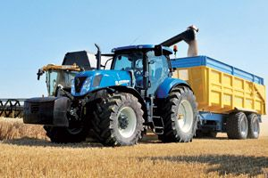 New Holland Tractor Harvesting At Www Dirtyboots Co Uk New