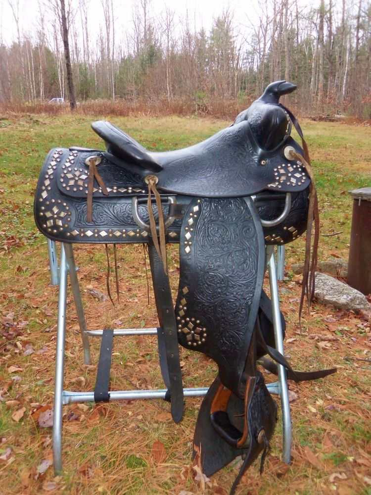 15'' Antique/Vintage 1950's Hereford Brand Western Horse