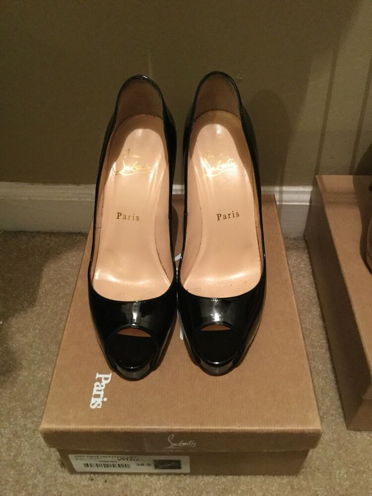 first rate 5d447 8b51e AUTHENTIC Christian Louboutin Very Prive Black Patent Pumps ...