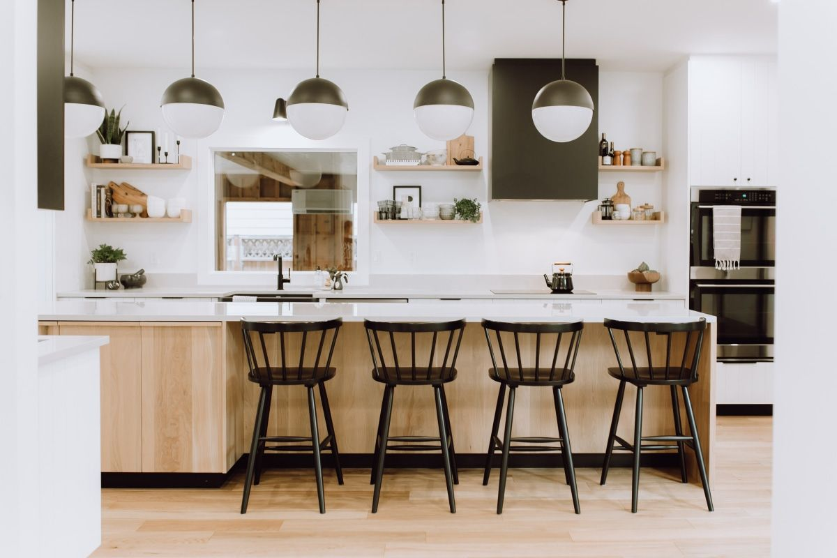 Tour A Winnipeg Before And After Inspired By Scandinavian Design Kitchen Cabinet Styles Kitchen Cabinet Door Styles Kitchen Inspirations