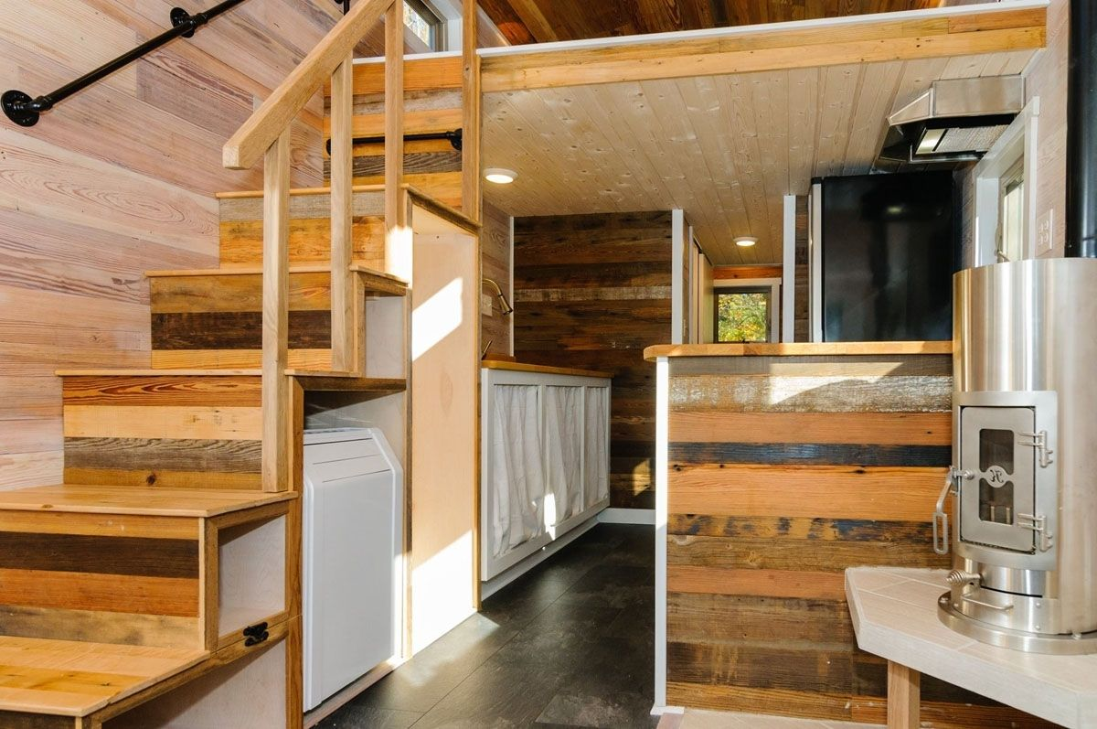 Small Up And Down House Interior Design In 2020 Small House