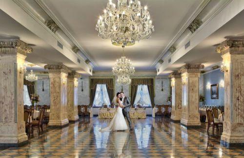 Czarneckiego Palace Crystal Hall