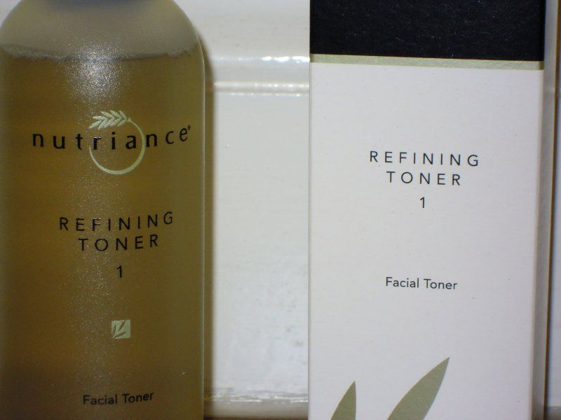 Refining Facial Toner No. 1 by GNLD Nutriance for normal to dry skins. Men can use it as an aftershave too! www.livingelements.co.uk