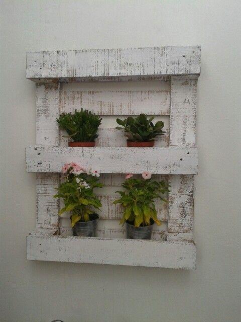 jardinera de pared con palet