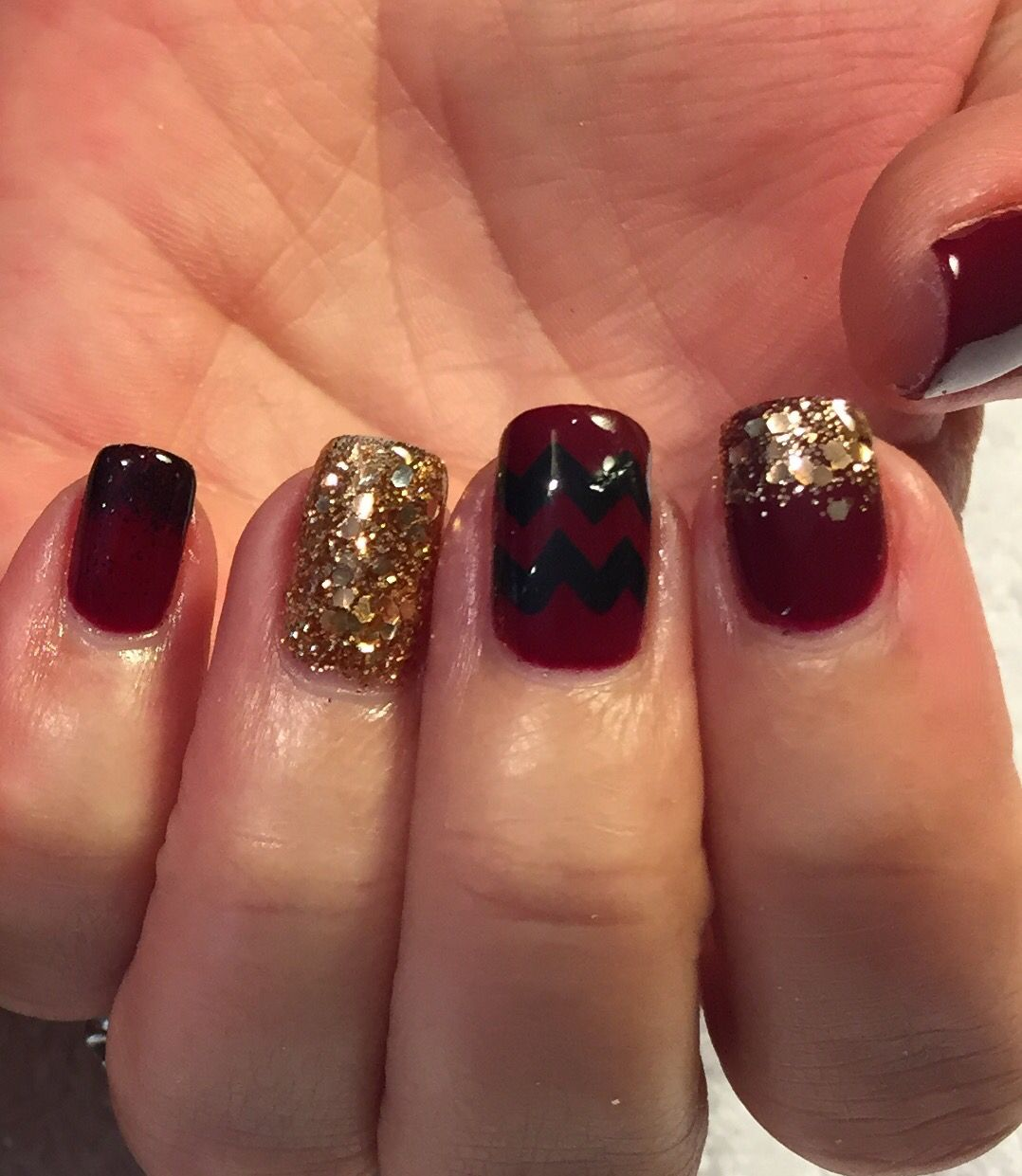 Cute fall nails. Burgundy gel and gold glitter. | Nails by...Me ...