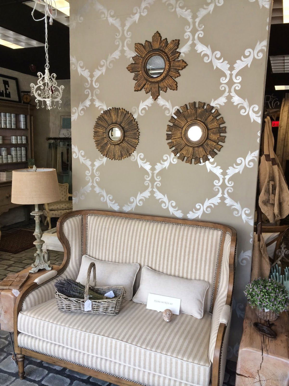 Acanthus trellis wall stencil stencil paint ideas - Wall painting stencils for living room ...