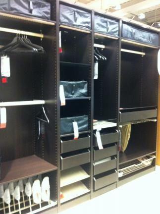 Vendo armario con puertas correderas negro marr n uggdal for Armario puertas correderas segunda mano