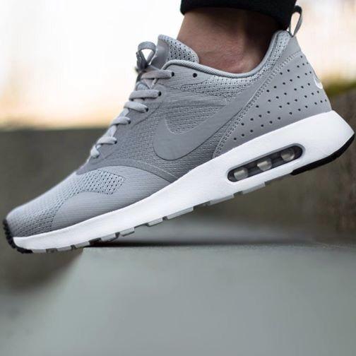 Nike air max tavas grey | Nike air, Nike air max, Nike shoes women
