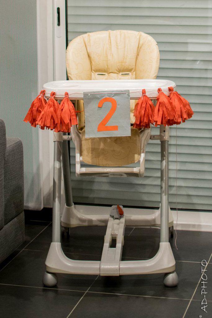 Diy Decorer La Chaise Haute De Bebe Pour Son Deuxieme Anniversaire Chaise Haute Diy Decoration Chaise