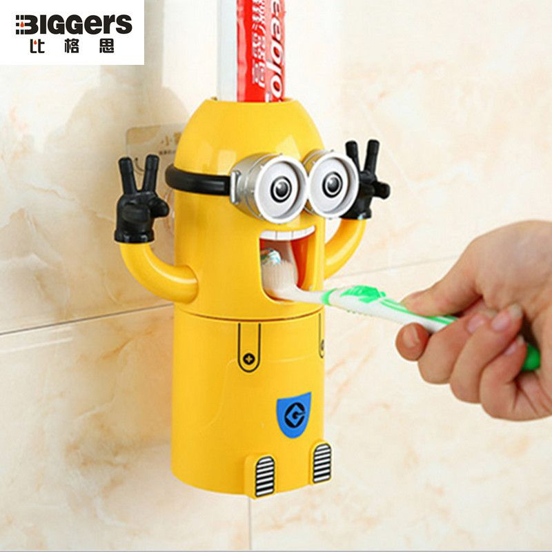 Free Shipping,cute Bathroom Accessories Best Cartoon Children Gift Minions  Toothbrush Holder Funny Toothpaste Dispenser