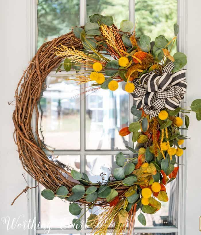 12 Quick And Easy Fall Decorations For Your Home  