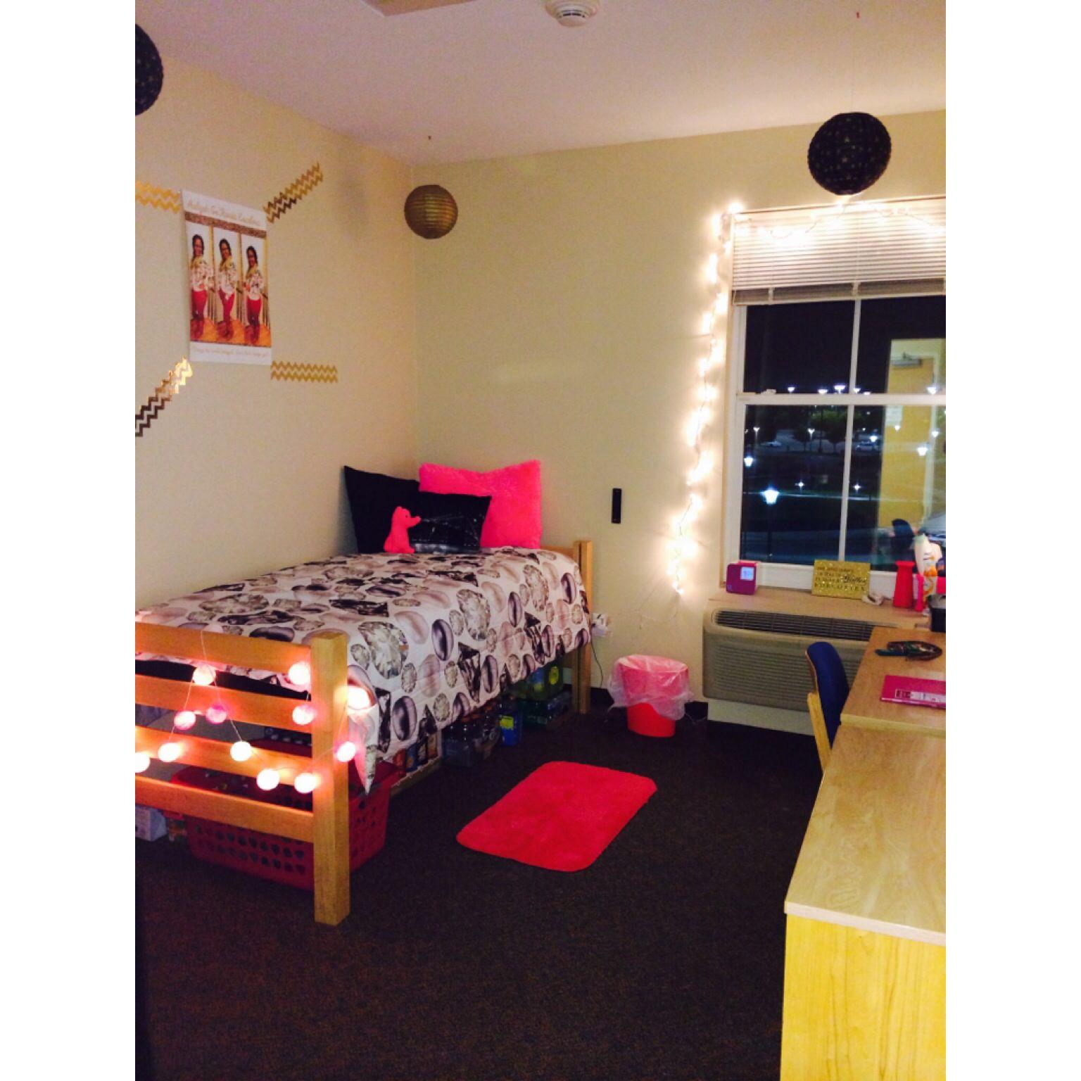 Single Suite Sophomore Year Ncat Dorm Room Room College Dorm Rooms