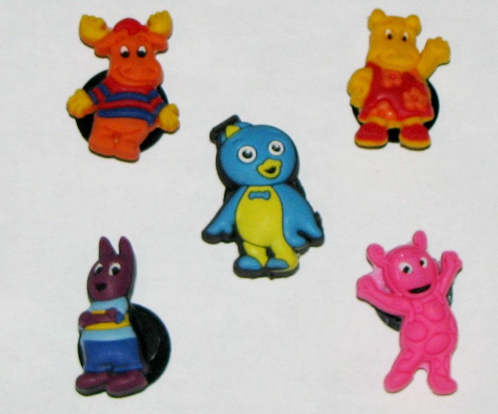 Backyardigan set of shoe charms, and super for centers of