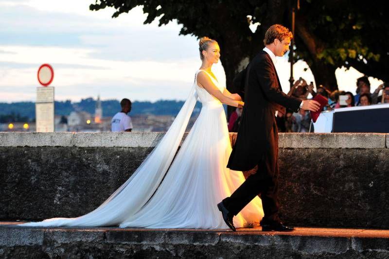 Cerimonia in forma privata, poi i festeggiamenti con i 600 invitati.La settimana scorsa le nozze civili a Palazzo Grimaldi