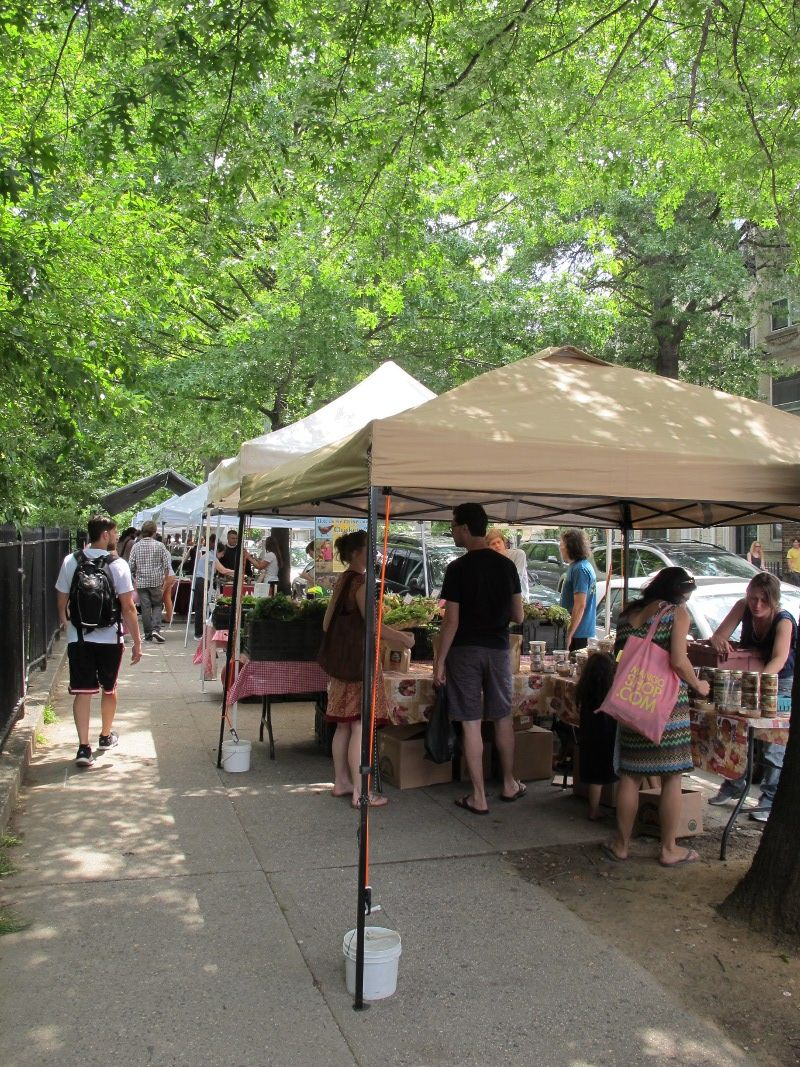 Sunday Is A Market Day Mcgolrick Park Farmers Market In Brooklyn New York 11am 4pm Http Www Farmersmarketonline Brooklyn New York Farmers Market Farmer