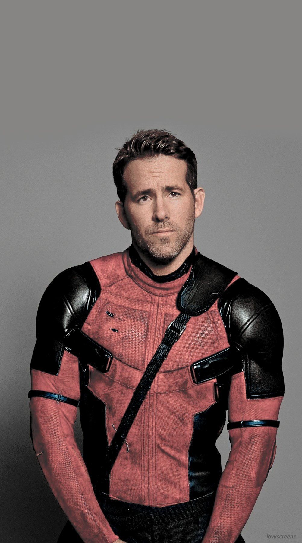Ryan ReynoldsDeadpool (image by lovkscreenz on twitter