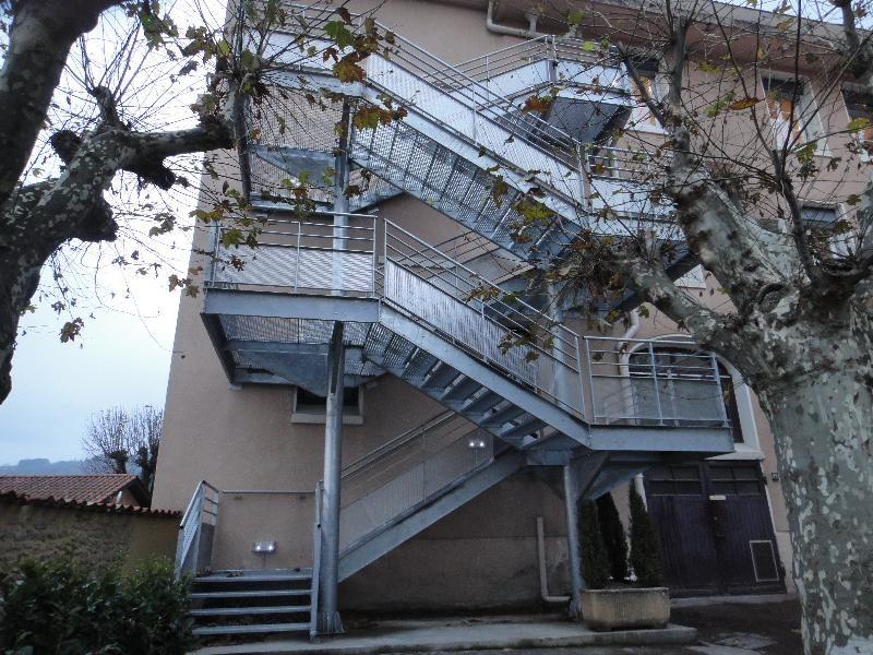 ext rieur escaliers escalier m tallique ext rieur. Black Bedroom Furniture Sets. Home Design Ideas