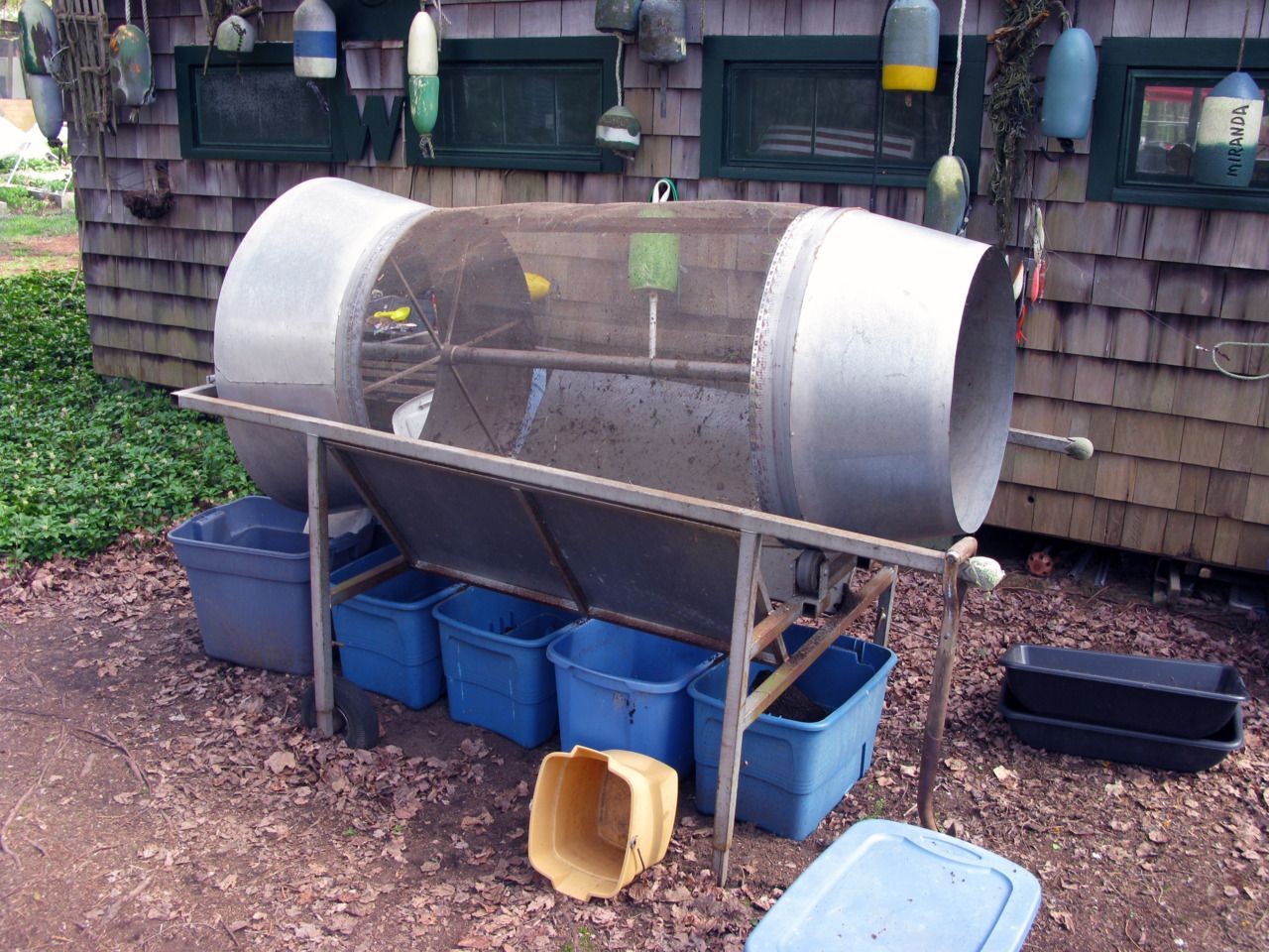This Electric Tumbler Sifts High Volumes Of Compost Separating The Precious Worm Castings Collected In Plastic Bins Below From Debris That