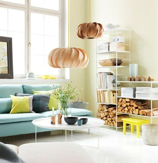 Wohnzimmer Blau Gelb Skandinavischer Einrichtungsstil Holz Pendelleuchte