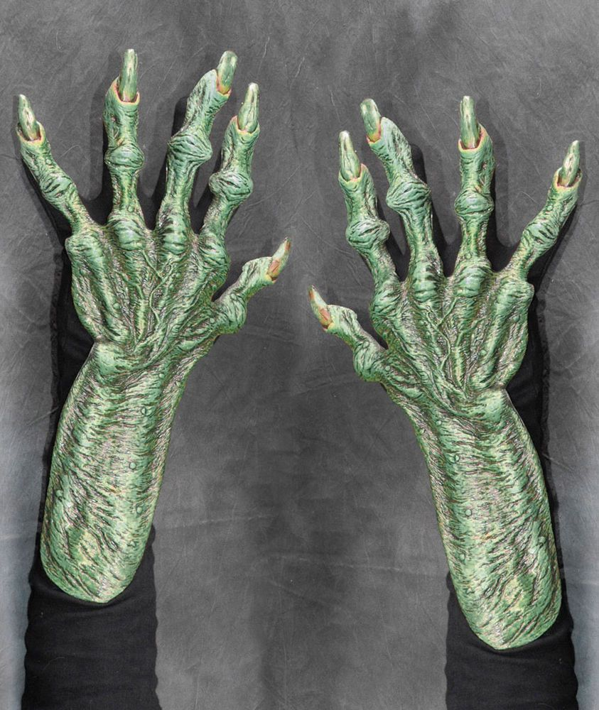 Evil Witch Old Hag Hands Claws Scary Adult Halloween ...