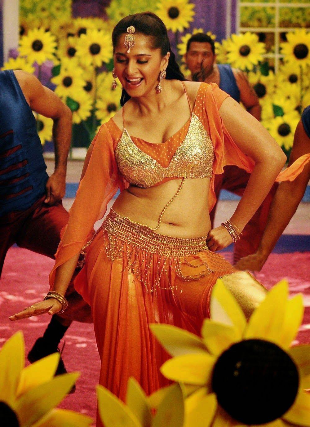 Anushka shetty anushka shetty hot stills pictures beautiful pictures - Anushka Shetty Anushka Shetty Hot Stills Pictures Beautiful Pictures 37