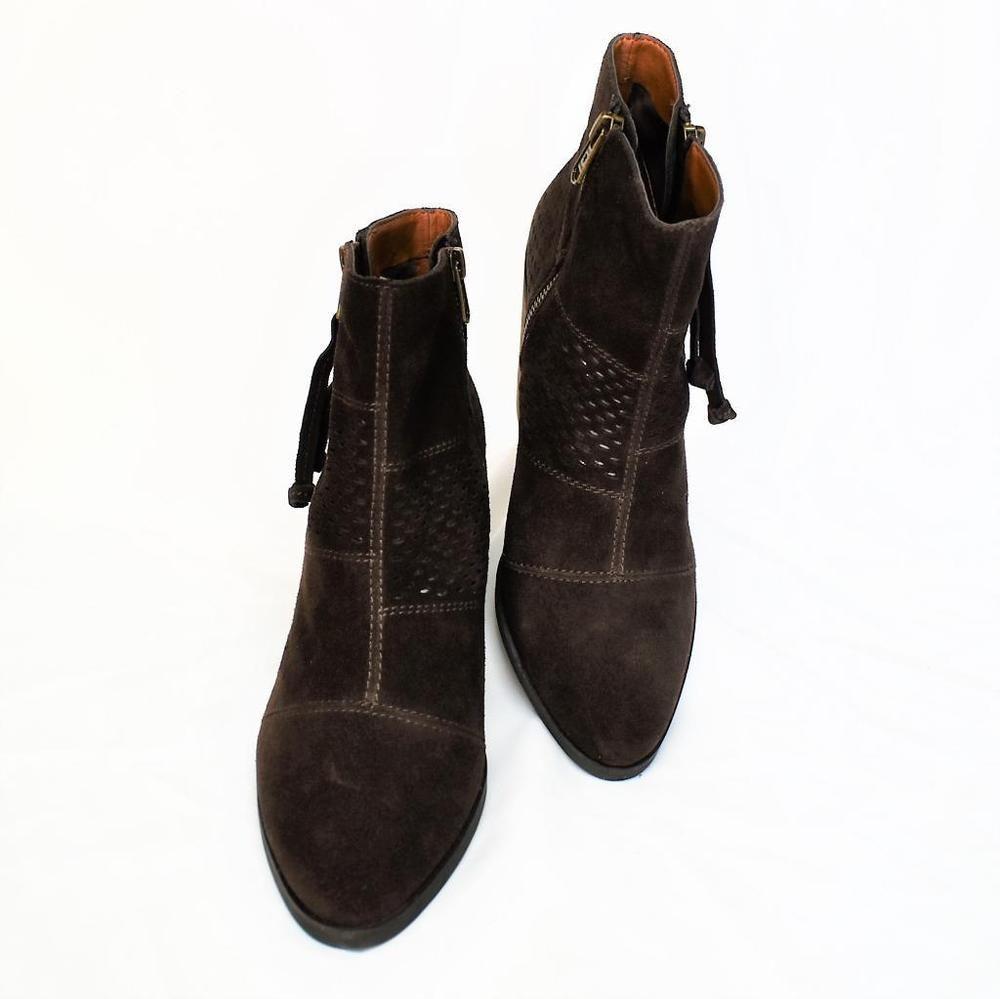 162048377f9f Hoyway Baby Girl Salt Water Sandals Size 8 Dark Brown Leather ...