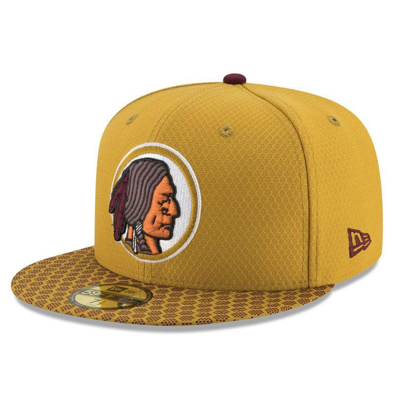 hot sale online fc621 5b5d6 Washington Redskins New Era Youth 2017 Sideline Official TD Knit Hat -  Burgundy   Products   Washington redskins, Redskins hat, Hats