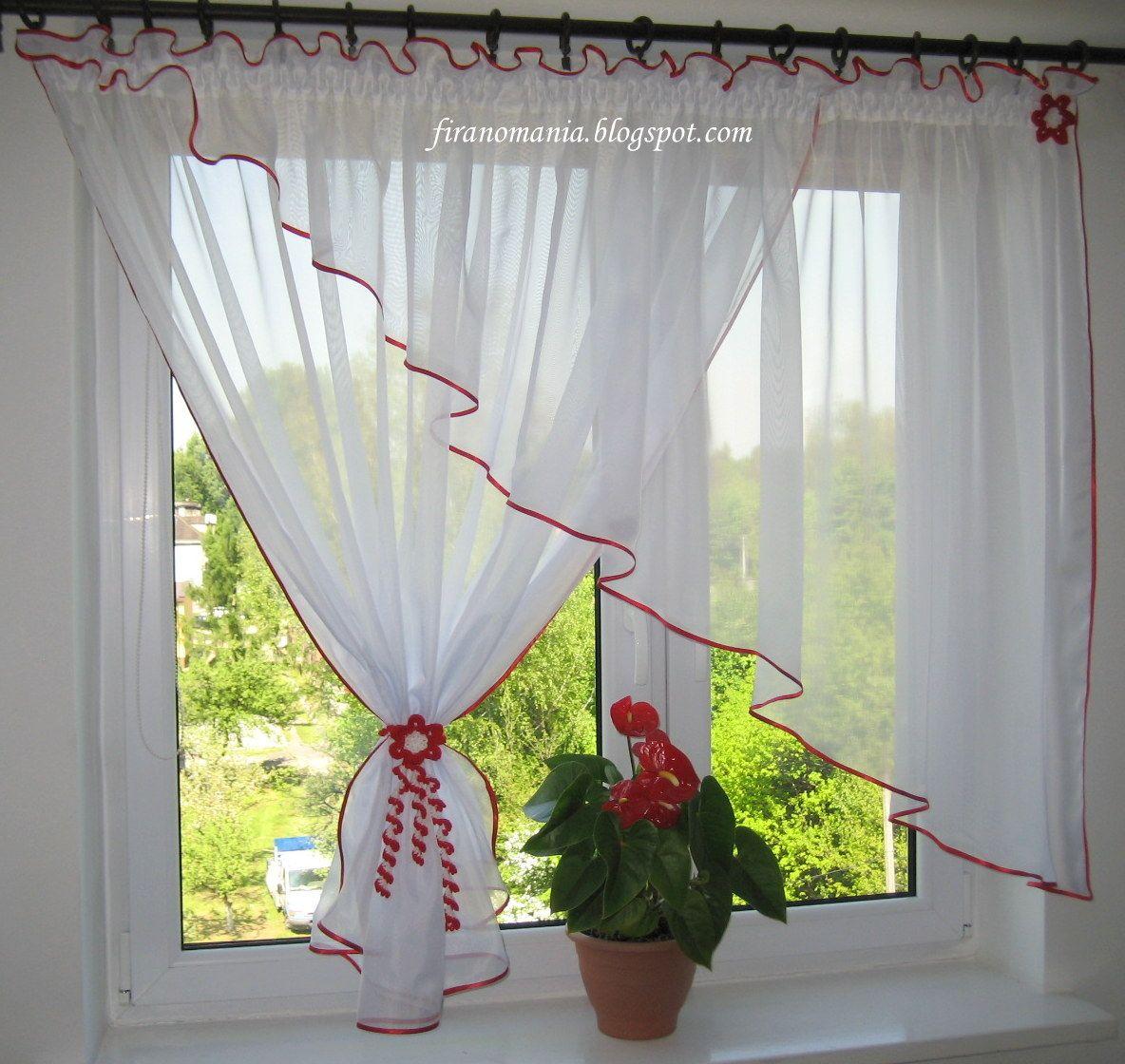 Spodoba y si firanomania cortinas juegos para for Visillos para banos