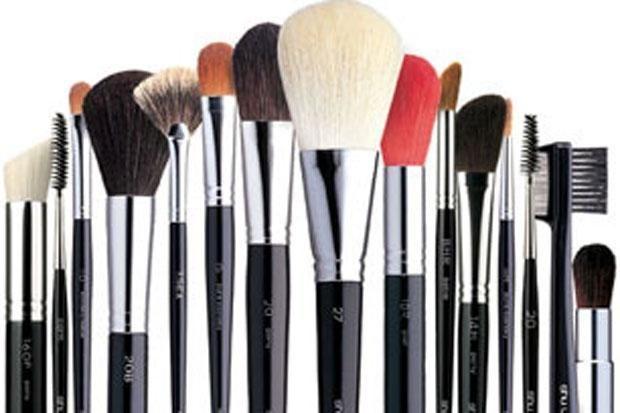Inilah Berbagai Jenis Kuas Makeup yang Perlu Kamu Tahu