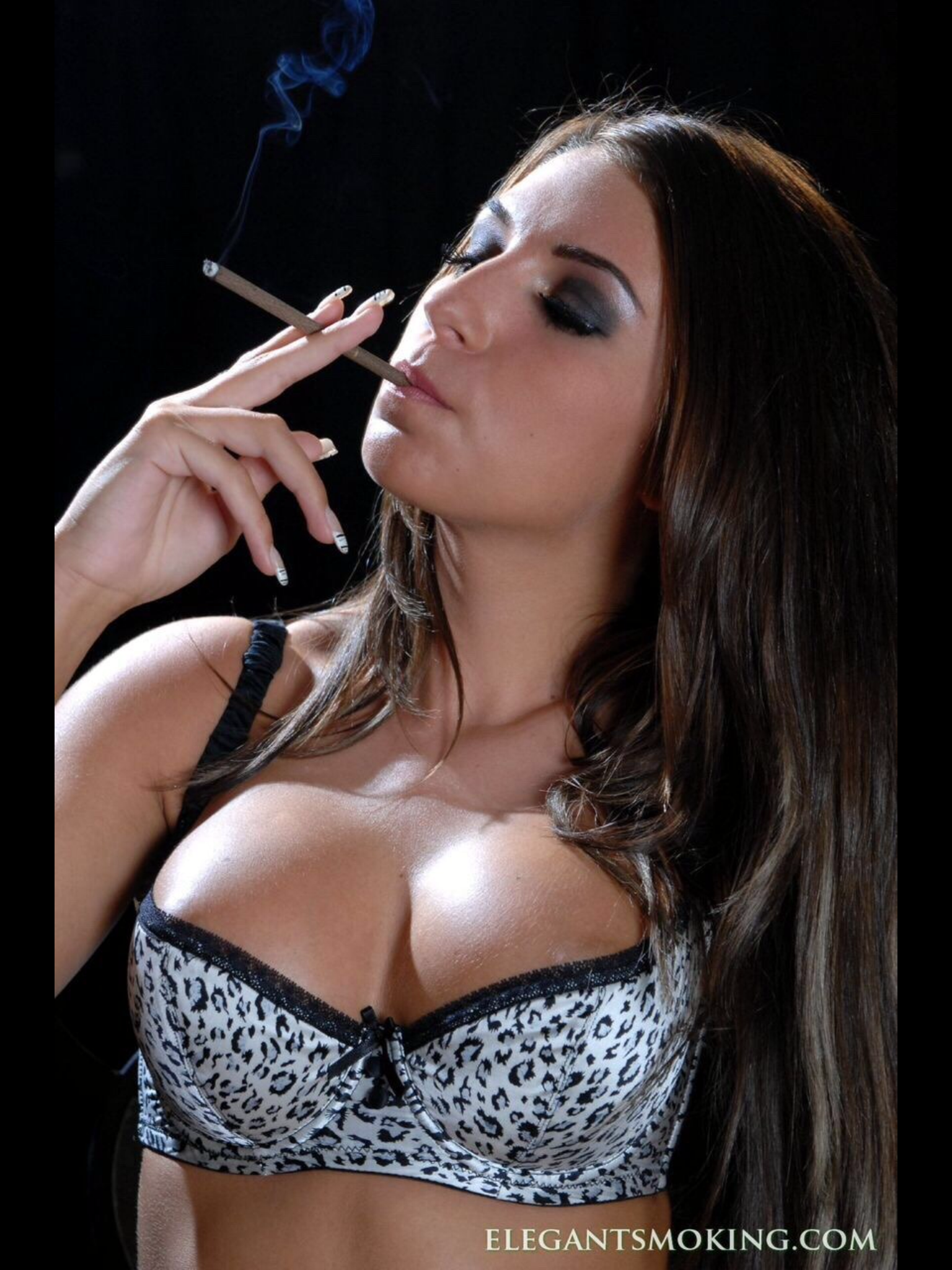 This month's top rated smoking porn pics