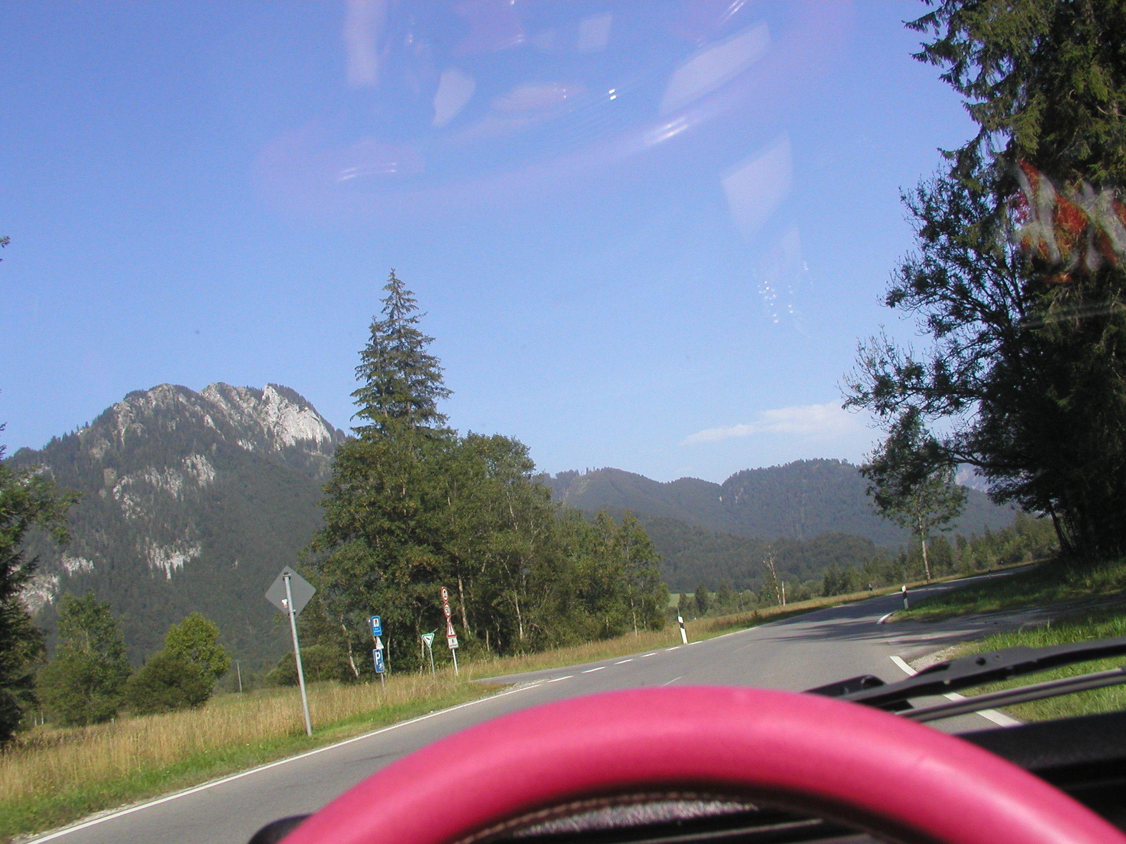 Bei Graswang Cabrio Touren Car