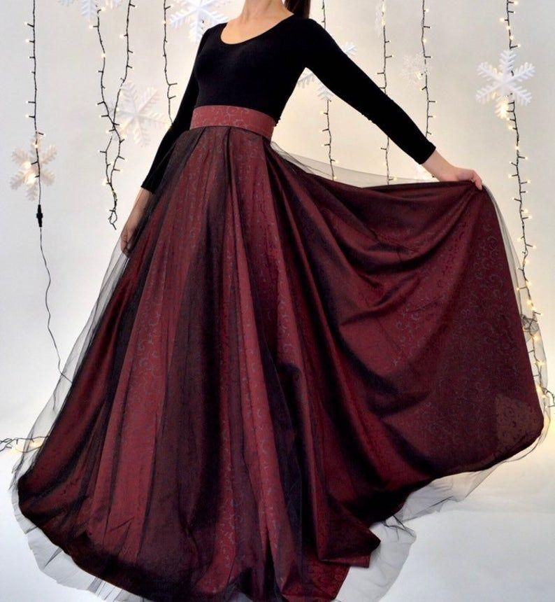 Deep Red Taffeta Ball Gown Skirt Full Wedding Gown Spanish Etsy In 2020 Ball Gown Skirt Ball Gowns Red Ball Gowns