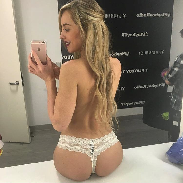 skinny blonde madchen in tangas