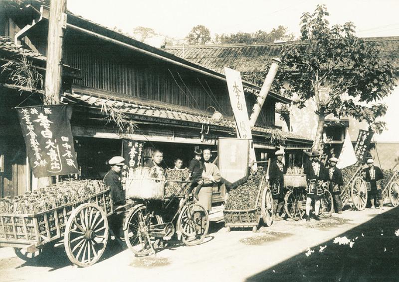 1882年(明治15年)創業。島根県松江市「李白酒造」昭和5年当時の様子 ...