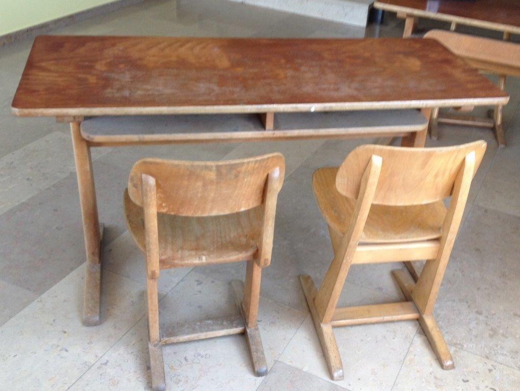 Schultisch mit stuhl  alte Schultische - Bing Images | ⭐ Childhood ⭐ | Pinterest ...