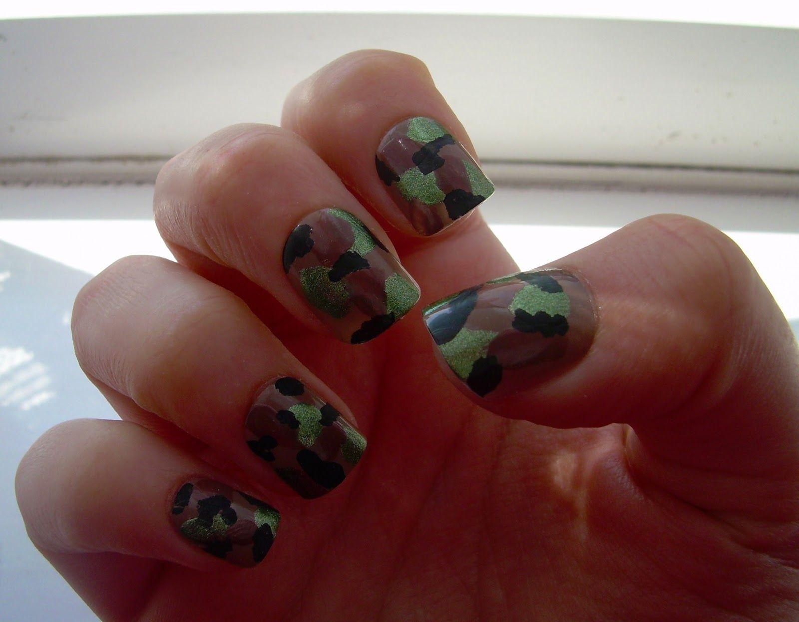DIY camo nails! | Gracie | Pinterest | camo Nägel, Fingernägel und ...