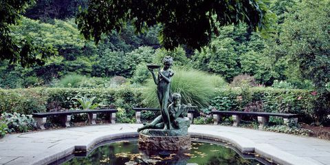 21 of the Best Quiet Places in New York #conservatorygarden Central Park Conservatory Garden #conservatorygarden