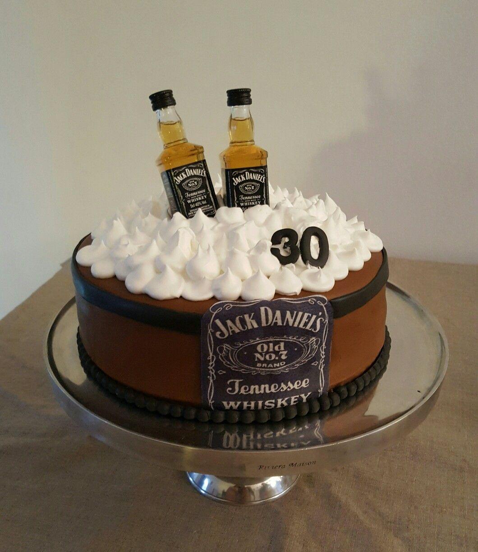Jack Daniels cake taart Birthday cake Pinterest Jack daniels
