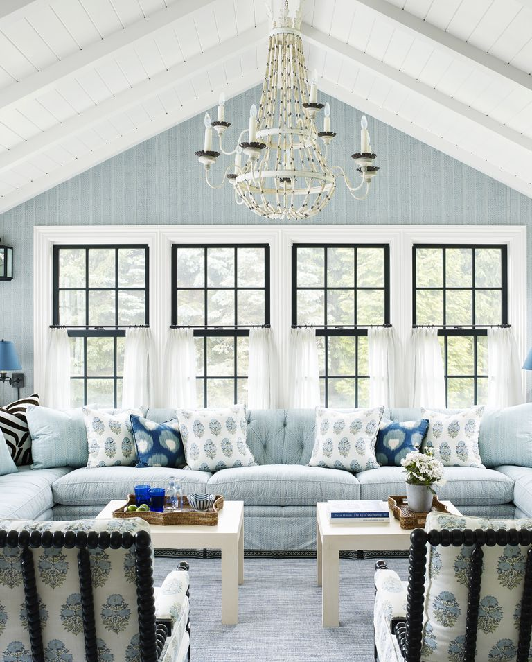 16 Calming Paint Colors That Will Instantly Create A Relaxing Atmosphere Living Room Color Paint Colors For Living Room Blue Rooms