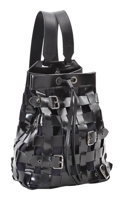 ¿Nuestra predicción de futura It Bag? La mochila en piel. #PurseAddict