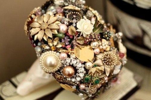 Original DIY Brooch Bouquet Of Artificial Flowers | Shelterness