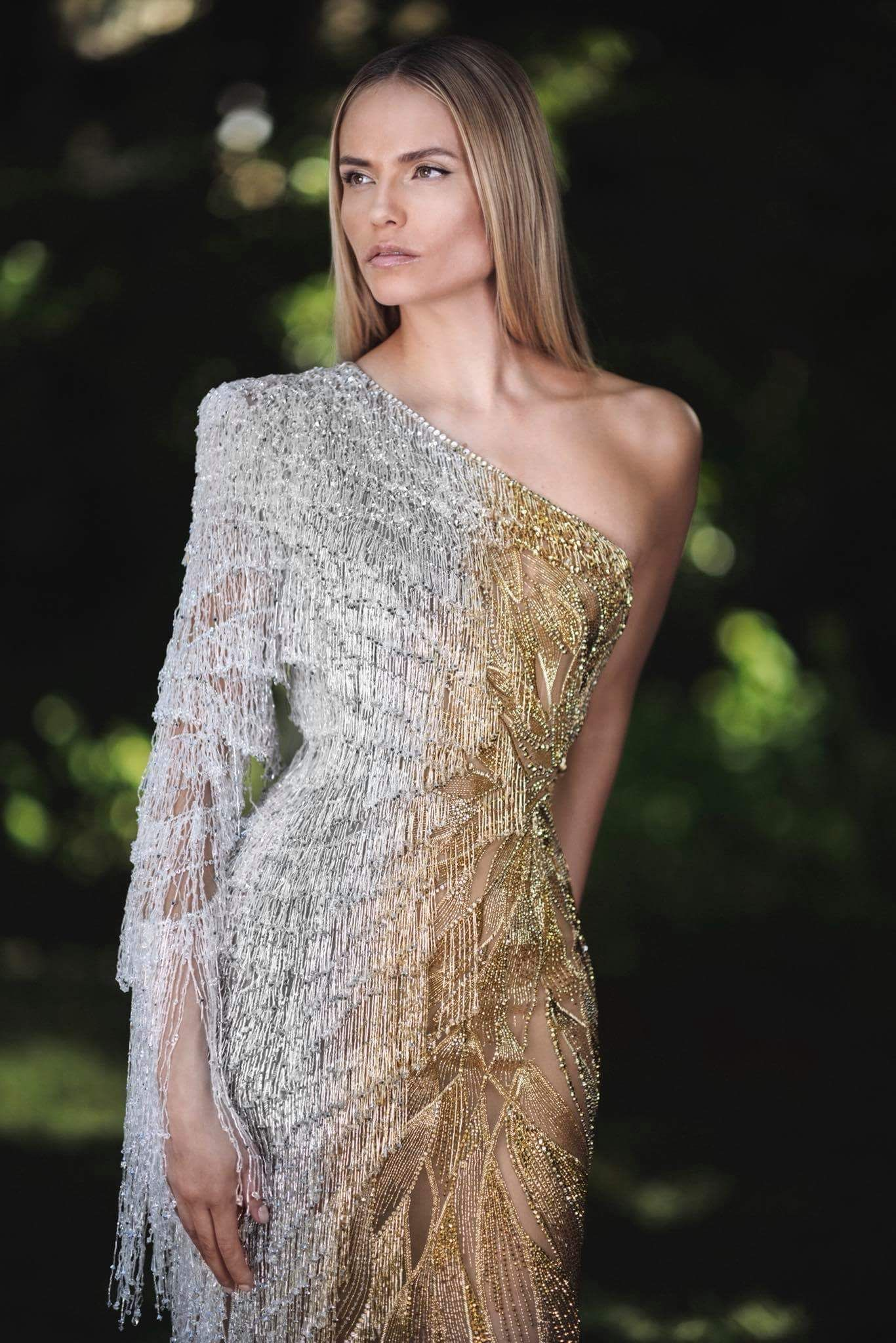 b29d436268f9 ATELIER VERSACE Fall Winter 2018 Haute Couture Look  8 Up Close Detail    Cascade Embellished Gown featuring NATASHA POLY
