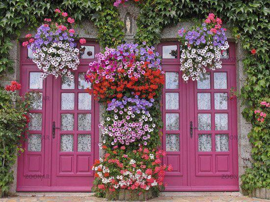 flowers@door
