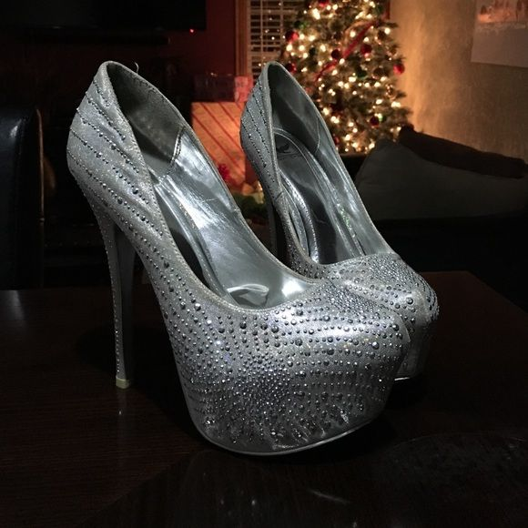 Shiny heels! A beautiful silver high heel with silver rhinestones Shoes Platforms