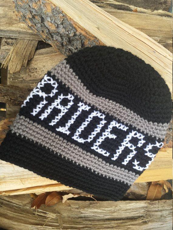 Oakland Raiders hat crochet Raiders beanie by tingleyCrochet ...