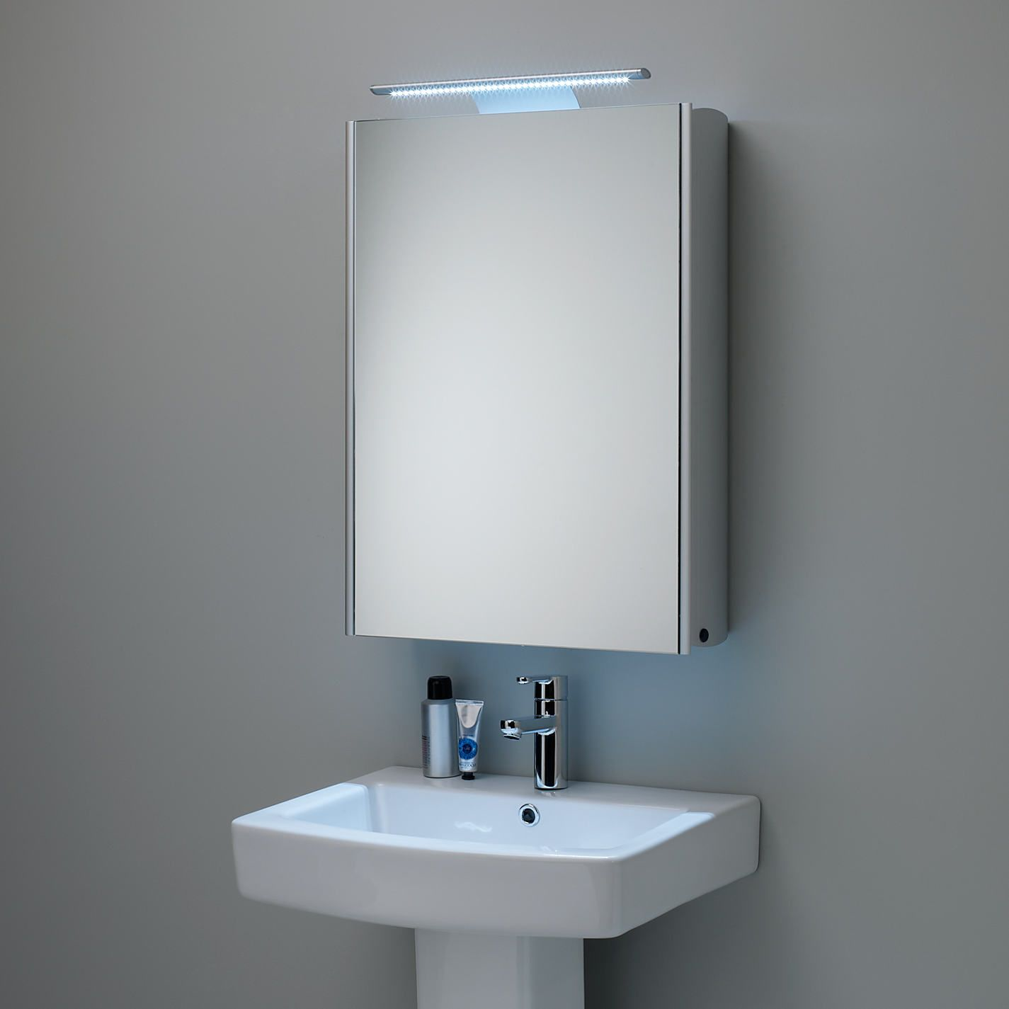 Roper Rhodes Equinox Illuminated Single Mirrored Bathroom Cabinet With Double Sided Mirror Aluminium