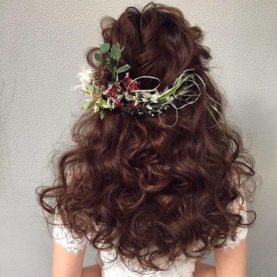 海外花嫁風 ボリューミーなダウンスタイルのブライダルヘア集 Marry