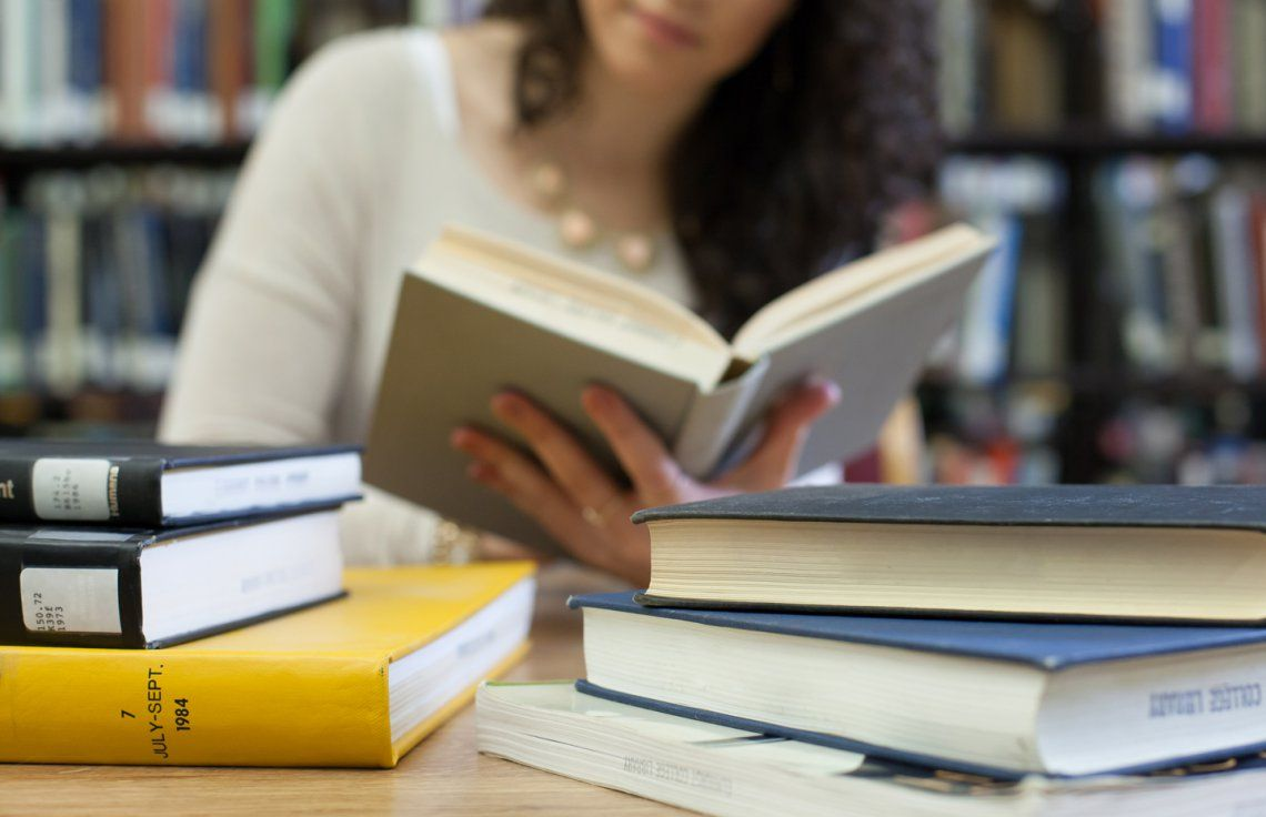 5 Books to Boost Your Career Confidence Career contessa