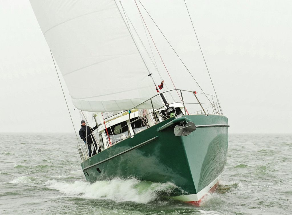 64' Expedition Yacht, Easily Driven Hull