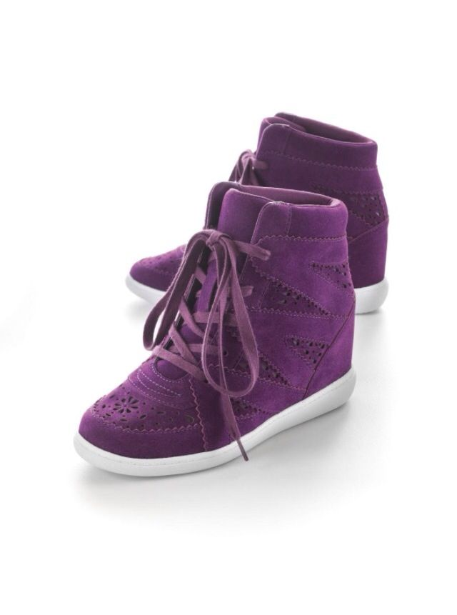 3204462d6e55 Purple Princess Vera Wang Wedge Sneakers ❤